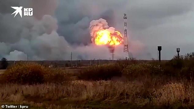 VIDEOS - Catorce aldeas rusas son evacuadas después de las explosiones en  un depósito de municiones provocadas por los incendios forestales. - Alerta  Geo
