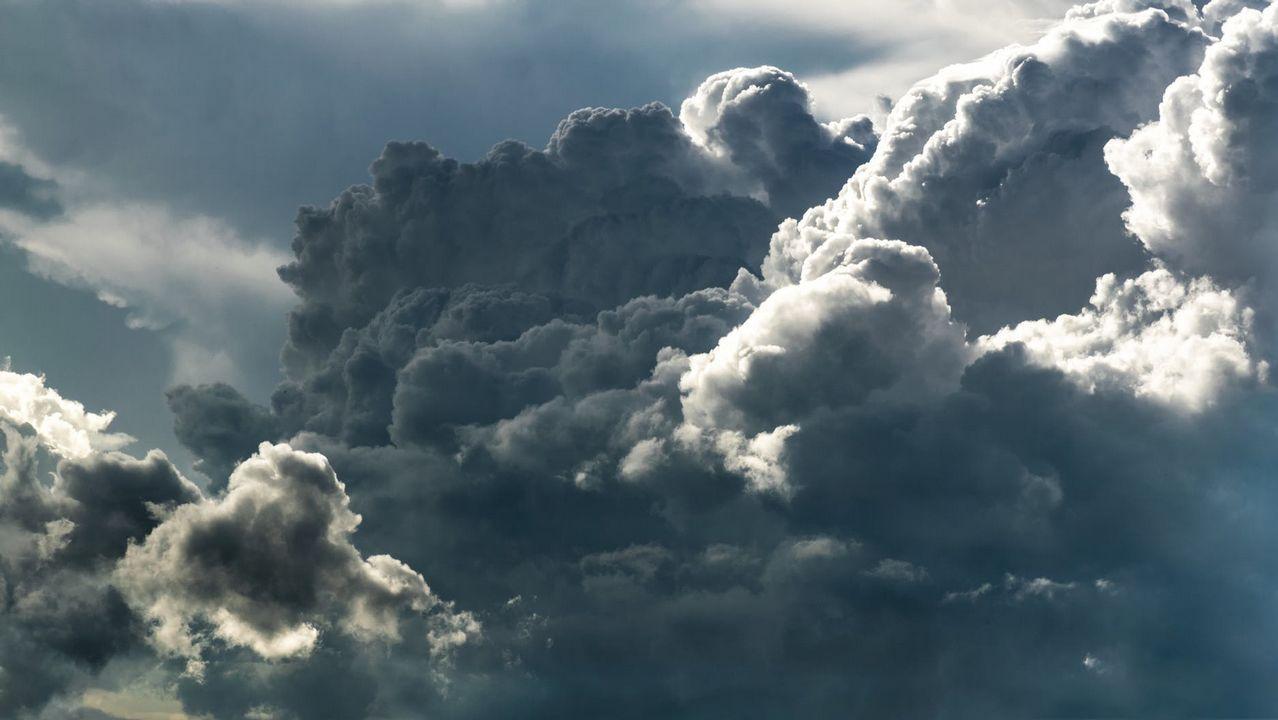 Resultado de imagen de Los científicos utilizan enormes armas sónicas para «sacudir la lluvia de las nubes» y detener las sequías